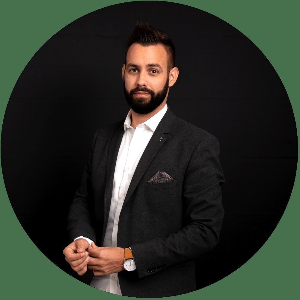 Anthony Roesch | Réalisateur indépendant films de mariage | Filmmaker Alsace